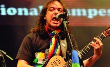Bruno Arias llegó con su folklore a Mendoza