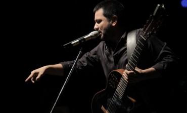 Jorge Rojas y voces de Loreto hicieron brillar al Festival del Rosquete