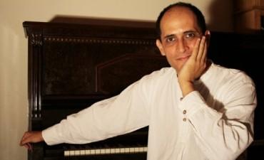 El concertista santiagueño Marcelo Perea homenajeará a don Atahualpa  Yupanqui.