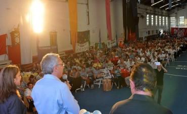 Más de 800 adultos mayores compartieron una Peña Patria en Tigre