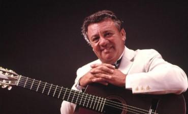 Cacho Tirao: a diez años del adiós de una guitarra fundamental para la música argentina
