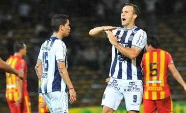 Defensa y Justicia se mide frente a Talleres de Córdoba en un partido con promesa de buen fútbol en VIVO por La Folk Argentina