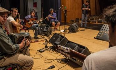 La música interior la conciliación de lo académico y lo masivo