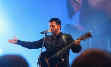 Jorge Rojas festejo sus 10 años como solista en Cordoba