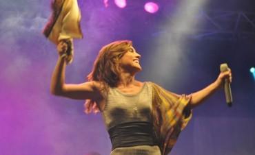 Un 12 de Octubre nacía una de las cantautoras que más a revolucionado del género folklorico