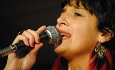 Casiana Torres abraza las especies de la música argentina