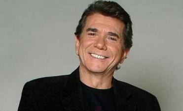 Juan Alberto Badía fue una de las grandes voces de la radio y la televisión Argentina hoy cumpliría 71 años