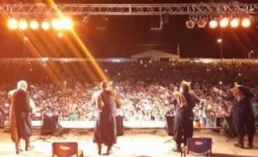 """Los Manseros Santiagueños, los dueños de la segunda jornada de la XXI Festival """"Doma y Folclore""""en Catamarca"""