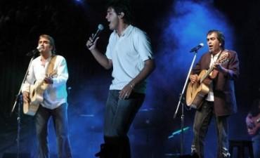 Por primera vez, Los Nocheros cantaron clásicos correntinos en la Fiesta Nacional del Chamamé