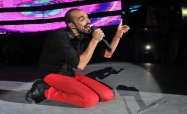Abel Pintos un fenómeno pop en el Festival de folklore Cosquín 2015