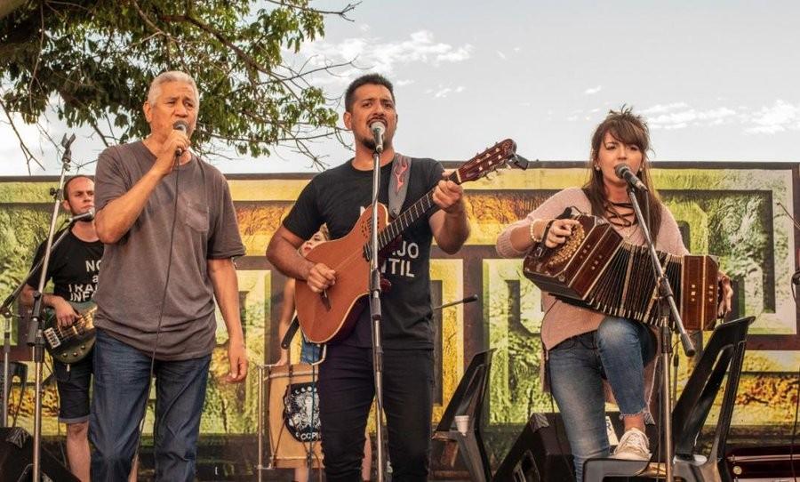 """Por Mirta Ramirez: Franco Ramírez le dice """"no al trabajo infantíl"""" con su canto"""