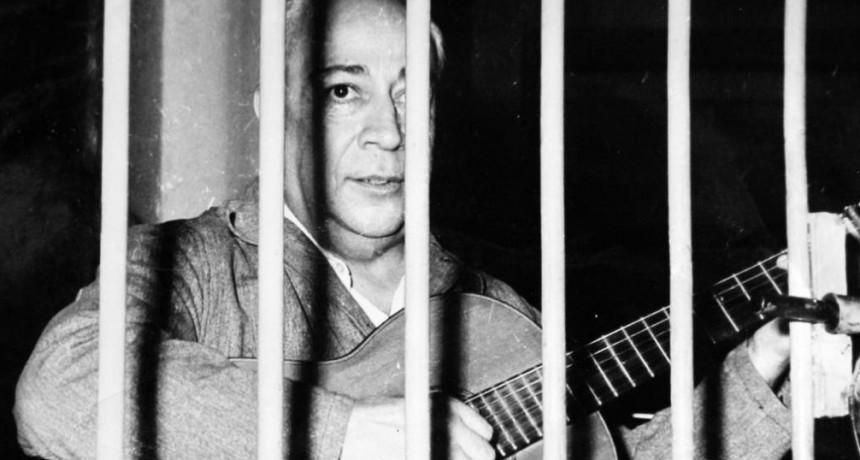 """Un 8 de Enero de 1965, contrae Matrimonio tras las rejas José Ignacio """"Chango"""" Rodríguez con Lidia Haydee """"La Gringa"""""""