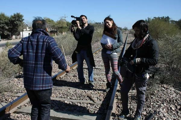 Filme sobre la familia Carabajal aspira a un premio nacional