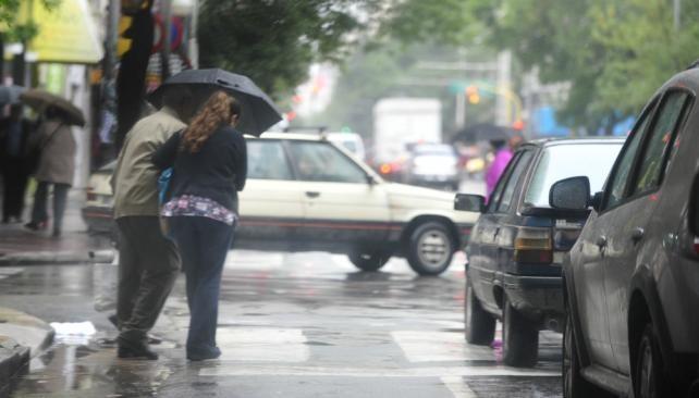 Viernes con alerta por tormentas fuertes y una máxima de 28°en Capital y GBA