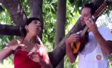 La cantautora Soema Montenegro y el charanguista Damián Verdún, juntos en un concierto