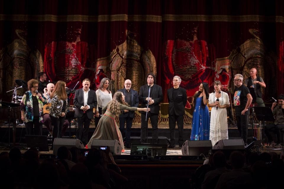 Gracias maestra: El emotivo homenaje a Mercedes Sosa en el Teatro Colón