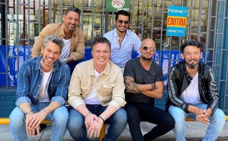 """""""Amor Fugaz"""" el nuevo single que une a Destino San Javier junto a Los Tekis"""