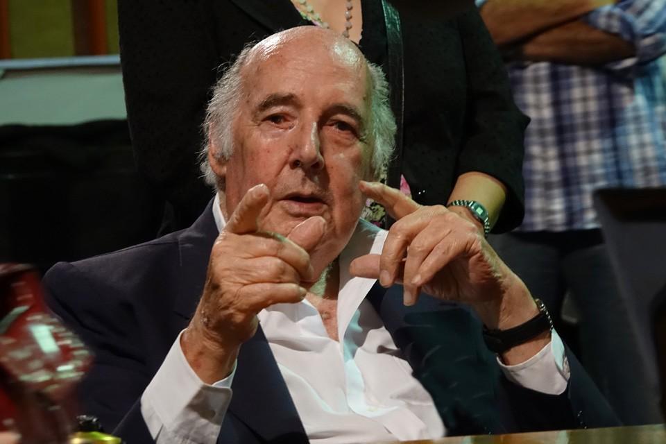 Murió a los 86 años Lionel Godoy, locutor emblemático de la radiofonía argentina