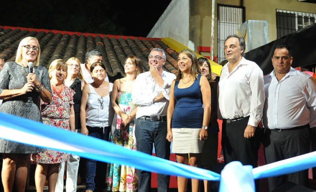 """El FR Tigre inauguró su local """"Mesa Nacional de Mujeres"""""""