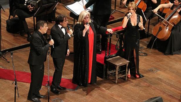 Famosos y políticos disfrutaron de la gala de las elegidas y los elegidos en el teatro Colón
