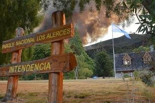 Afectaron todos los medios disponibles en la Patagonia a combatir el incendio en Los Alerces
