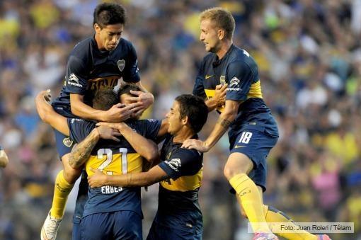 Boca goleó a Estudiantes en la Bombonera y persigue a San Lorenzo