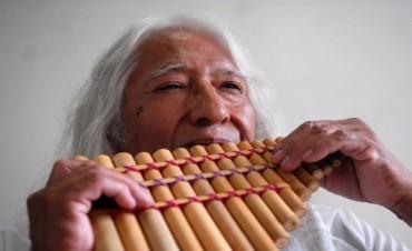 En un emotivo homenaje, esparcieron las cenizas de Uña Ramos en un cerro sagrado de Humahuaca