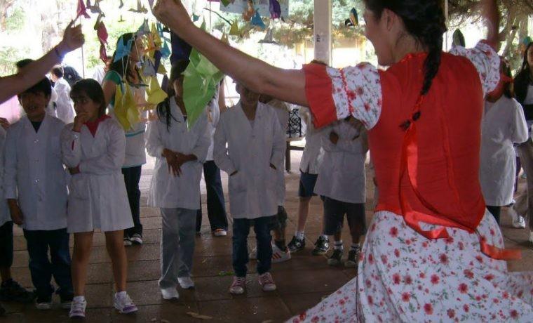 Avanza el proyecto para recuperar el folklore en las escuelas
