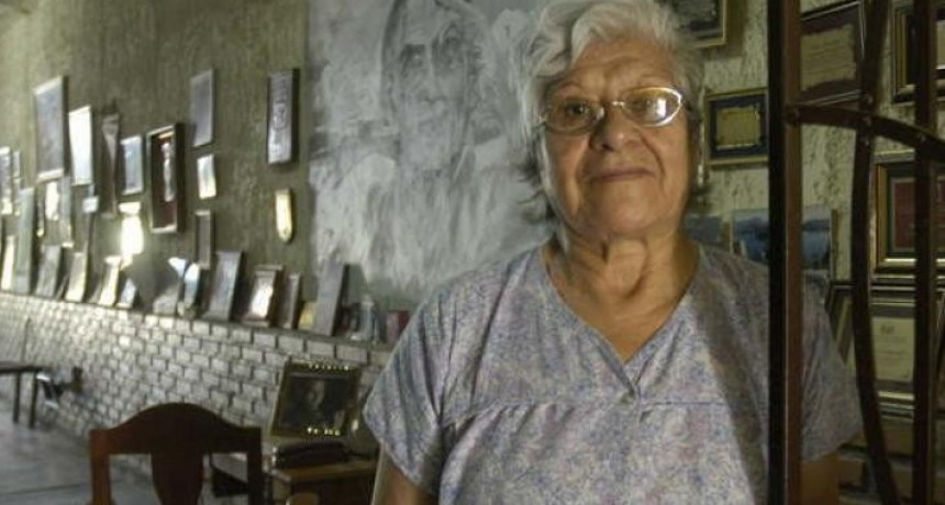 Murió la madre de Peteco, la mujer de las manos como pájaros en el aire