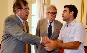 Federico Ugo se reunió con el embajador de Paraguay