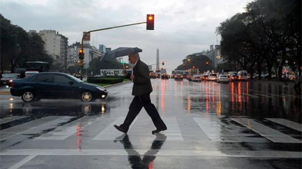 Jornada con lluvia y lloviznas en la Capital Federal y sus alrededores