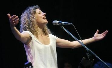La uruguaya Ana Prada se presenta en Buenos Aires como Otra pecadora sola