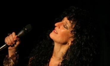 Julia Zenko se presentará en Palermo con