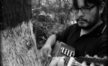 Carlos Fernando Vargas condensa toda su historia en su primer disco