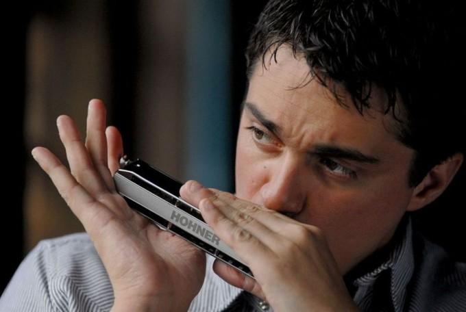 """Franco Luciani profundiza en """"Anda en el Aire"""" su indagación sobre la música argentina"""
