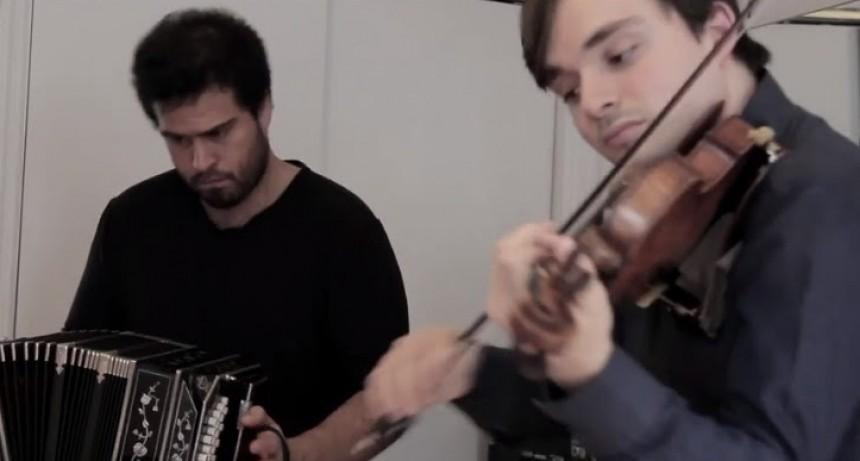 Juan Pablo Jofré y Francisco Fullana invitados de la Orquesta Juan de Dios Filiberto en el CCK