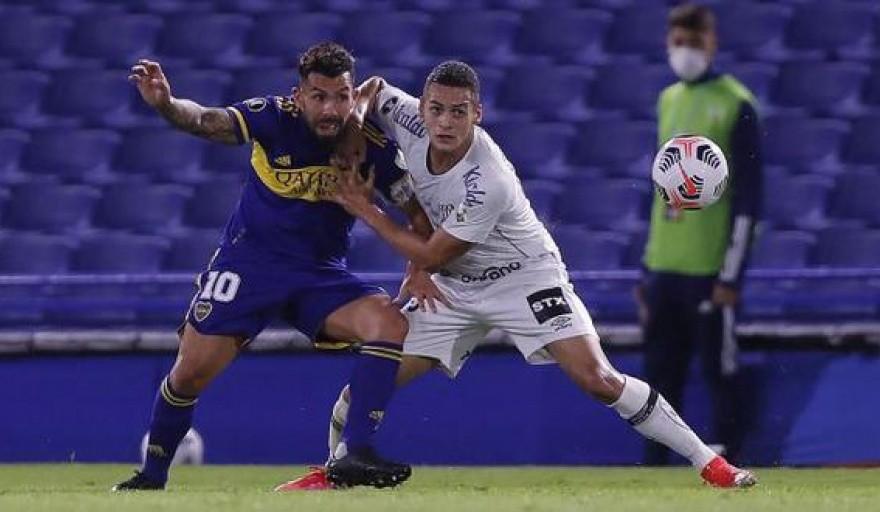 Boca visita a Santos en la semana previa a un nuevo Superclásico