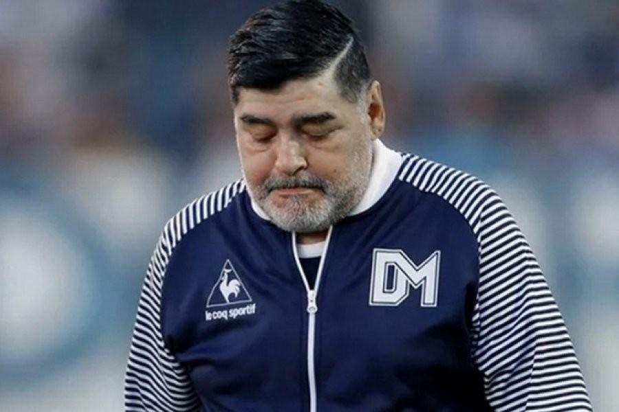 Una jueza debe definir cuándo se rematan los bienes de Maradona