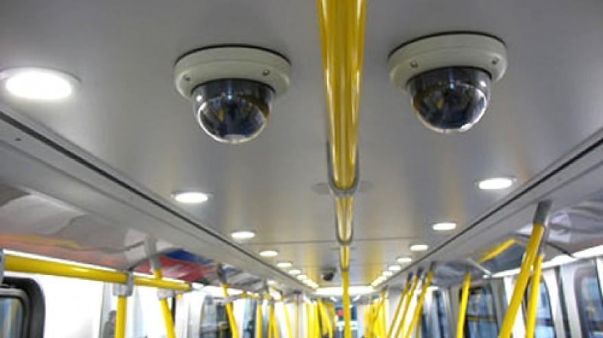 El transporte público deberá contar con cámaras de seguridad