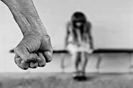 Un policía irá a juicio por no atender los reclamos de una víctima de violencia de género