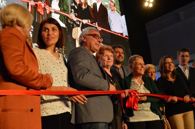 Julio Zamora inauguró en Benavídez la nueva delegación y primera etapa del fórum cultural