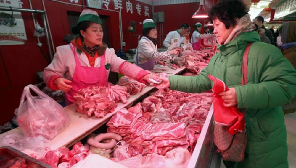 China continúa importando carne porcina para frenar la baja histórica del precio