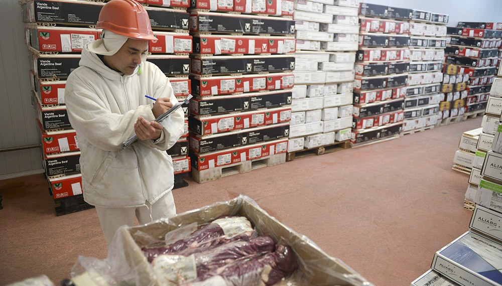 """Carne: frigoríficos dicen que las medidas ocasionan """"pérdidas absurdas"""" para el país"""
