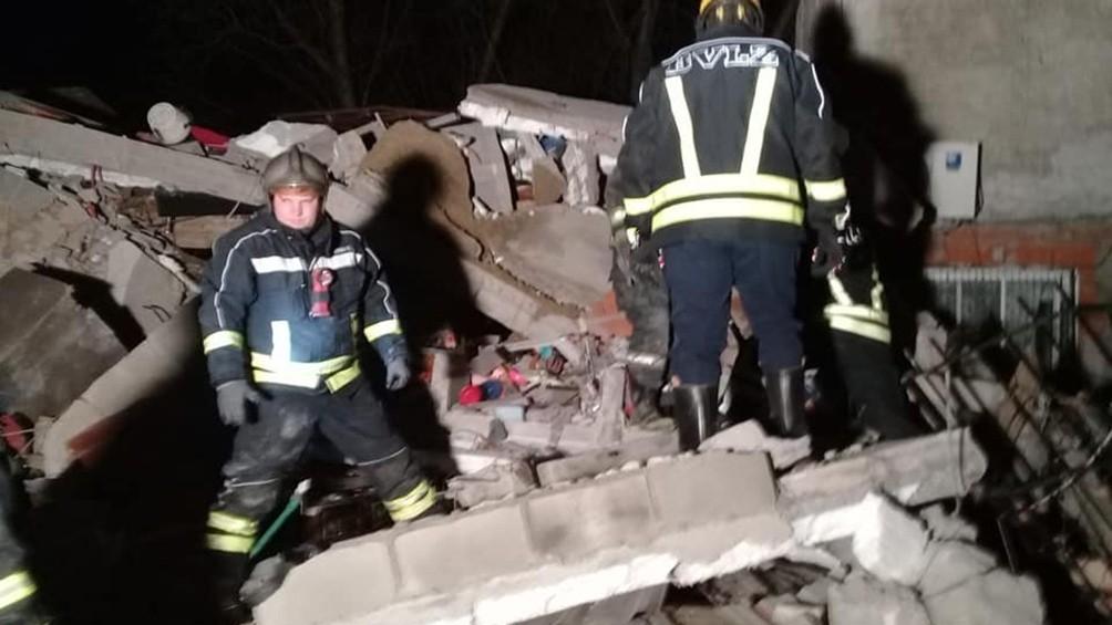 Fallecieron dos mujeres al derrumbarse una casa en Lomas de Zamora