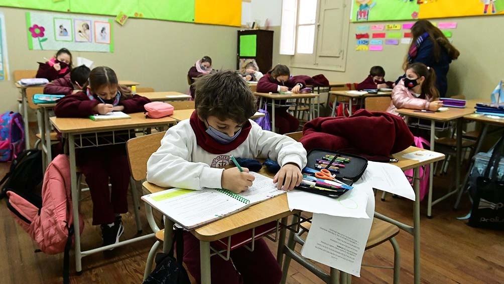 A partir del lunes, toda la provincia de Buenos Aires vuelve a clases presenciales