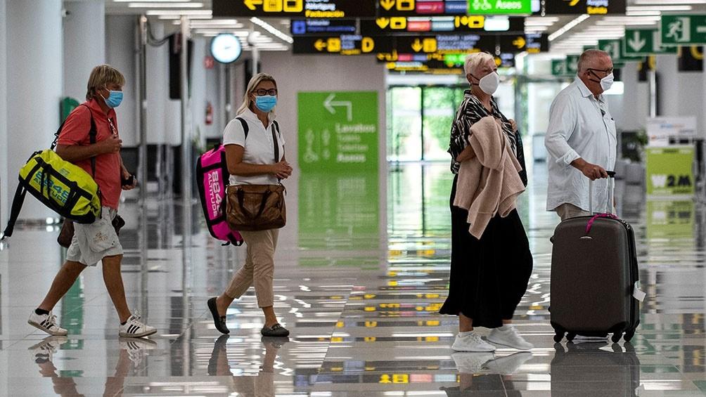 Rige la cuarentena obligatoria en España para viajeros de Argentina, Bolivia, Colombia y Namibia