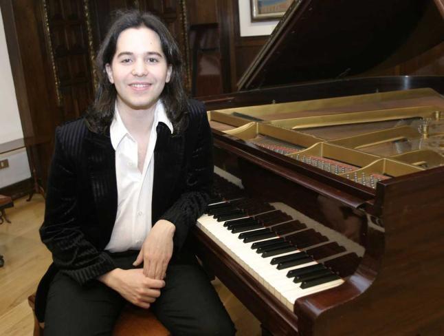 El pianista Horacio Lavandera estrena obras de Dino Saluzzi en el CCK