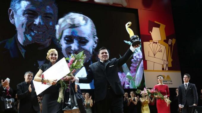 Una pareja de milongueros de Banfield ganó el Mundial de Tango de pista