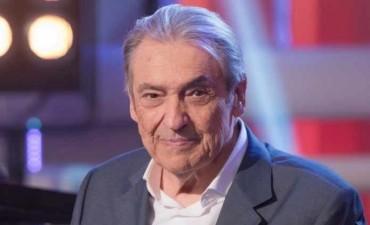 Alberto Cortez canceló sus presentaciones en Argentina
