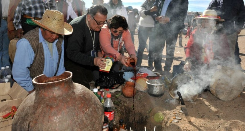 Día de la Pachamama: El ritual de agradecimiento a la Madre Tierra